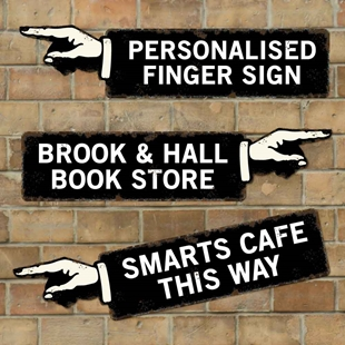 Picture of Personalised Finger Pointing Sign