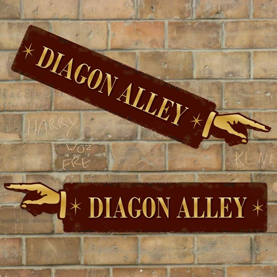 Picture of DIAGON ALLEY SIGN Hogwarts Sign