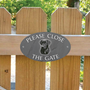 Picture of Please Close The Gate Sign, BLACK LABRADOR
