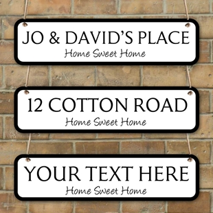 Picture of Family Name plaque, Road Sign