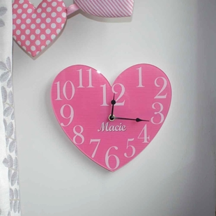 Picture of Personalised Vintage Heart Clock