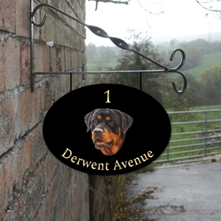 Picture of Rottweiler Oval Hanging House Sign
