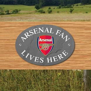 Picture of ARSENAL FAN LIVES HERE House Door Plaque
