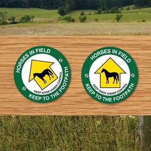 Picture of HORSES IN FIELD SIGNS - Way Marker -Pack of 2