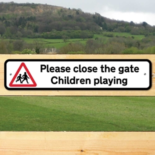 Picture of Children Playing Sign,  Please close the gate