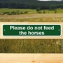 Picture of Please do not feed the horses sign